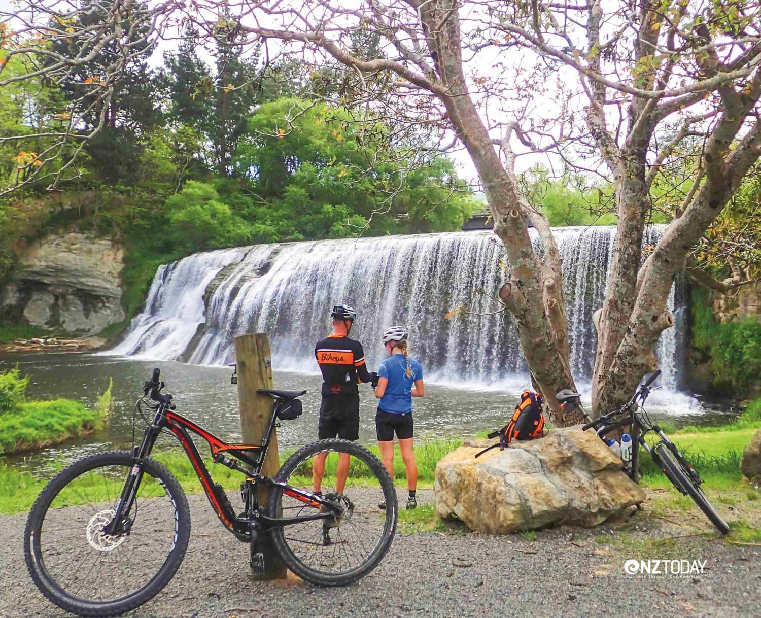 Riders at Rere Falls