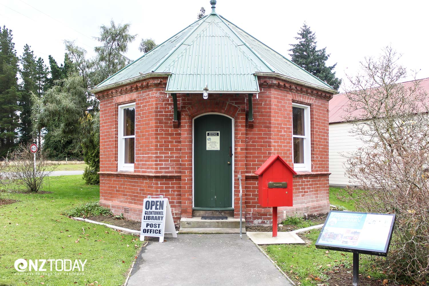 The Glentunnel library – believed to be the only octagonal brick library in New Zealand