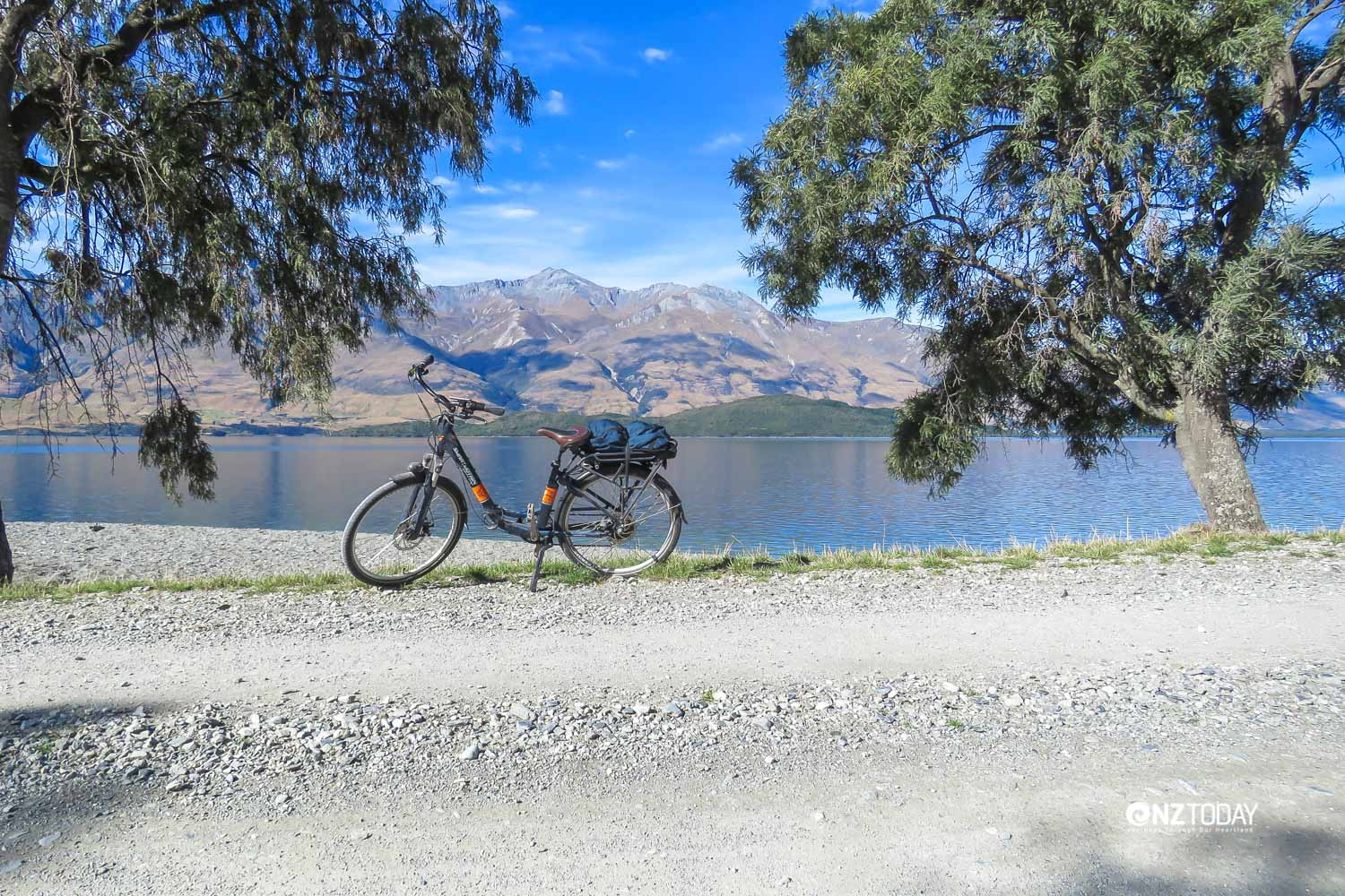 Lake Wakatipu is seldom like a mirror but the day we cycled from Kinloch to the Greenstone Valley, the whole lake was glassy calm