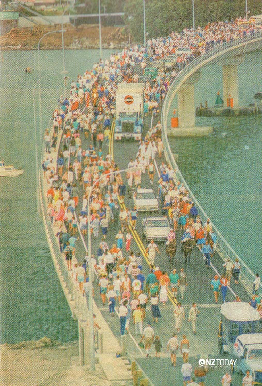 Opening of (the first) Tauranga Harbour Bridge 1988