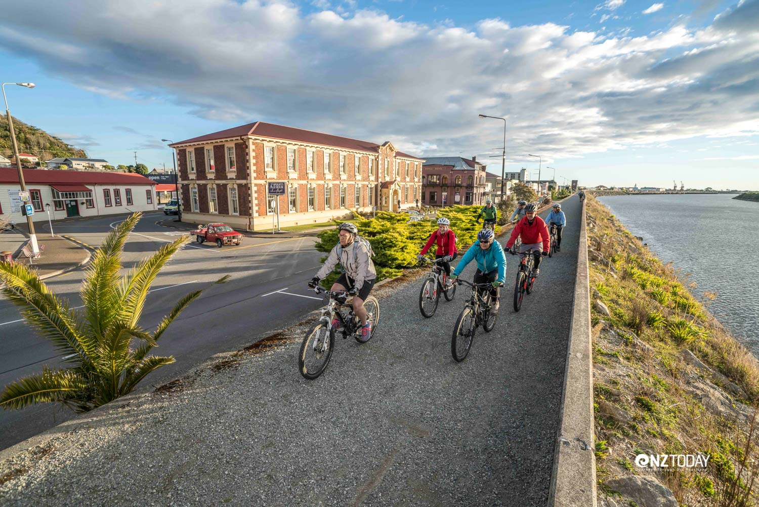 Riding high on the Greymouth floodwall (Credit: Nimmo Photography)