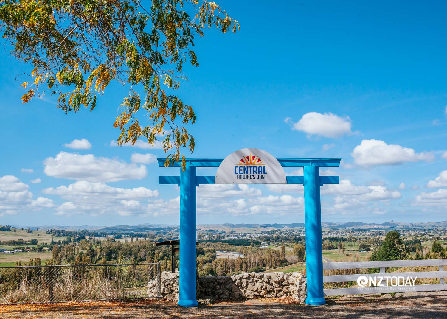 The entrance to Waipukurau overlooking the town from the north