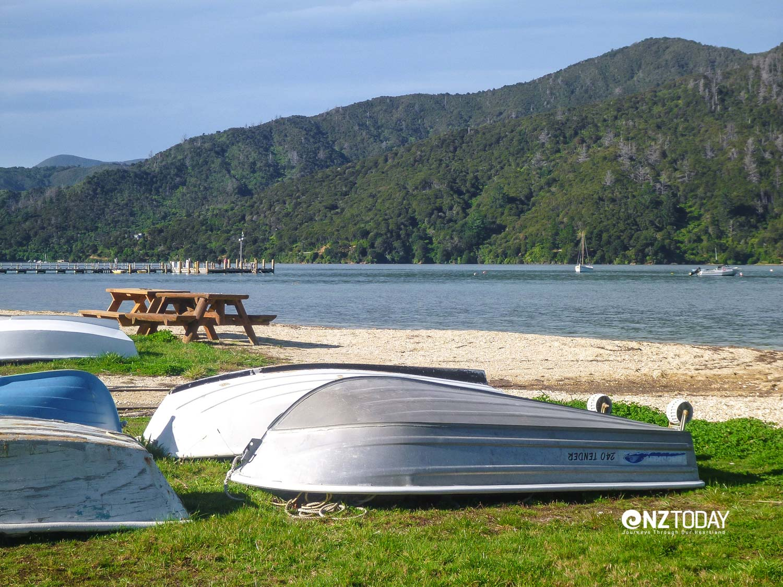 Anakiwa is a coast retreat off the main beat